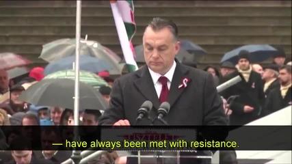 Историческа реч на Виктор Орбан и Унгария на пътя на войната с емигрантите.