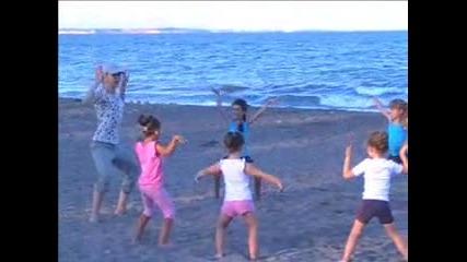 Спорт и Забавление с малките гимнастички от Скхг Черноморец Бургас
