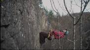 Алпиниста сваля яйцата- Спас и Гришата го замерят с камъни