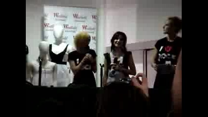 The Veronicas - Southland Instore