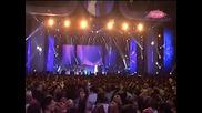 Lepa Brena i Hari Varesanovic - Brisi me (koncert Bg Arena 10. 2011) - Prevod