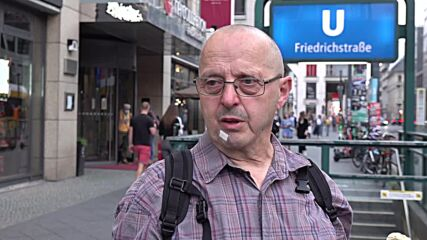 Germany: Berliners react as exit polls show SPD and Union neck and neck