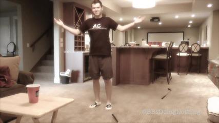 Супер готин трик с чаша бира и пинг понг топче!