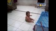 Извънземно Бебе Прави Странни Движения !!