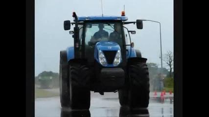 New Holland T7050 op 2 wielen Trekkerweb.nl