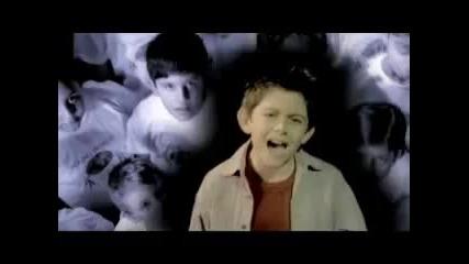 Песен която те кара да се замислиш Tell Me Why-declan Galbraith