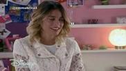 Violetta 3: Виолета и Леон пеят Underneath it all и говорят за целувката си + Превод