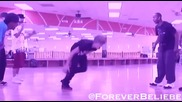 Justin Bieber Танцува на Teach Me How To Dougie & Club Cant Handle Me
