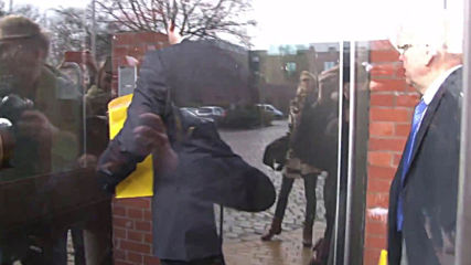 Germany: Puigdemont visits prison where he was jailed one year ago