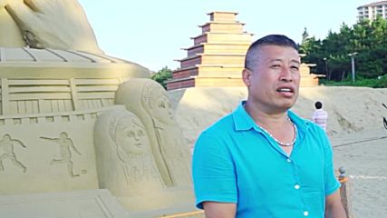 China: Lifelike Ronaldo and Messi sand sculptures unveiled as WC unfolds