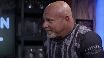 "Goldberg answers ""Stone Cold's"" rapid-fire questions in the Broken Skull Bar"