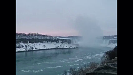 Canada: Niagara Falls freezes over as cold front engulfs Ontario region
