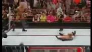 Batista vs Randy orton (batista пребива Randy Orton и Legacy) 14/05/09