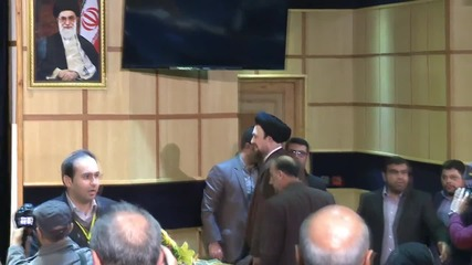 Iran: Khomeini's grandson registers for Assembly Election
