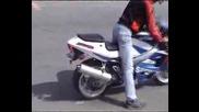 Suzuki Gsx600r Burnout