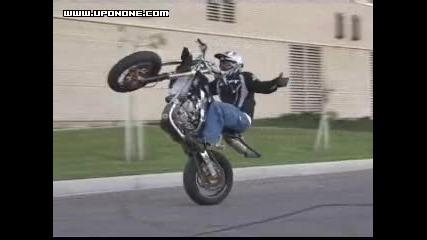 Ryan Moore - Супермото Stunt Man