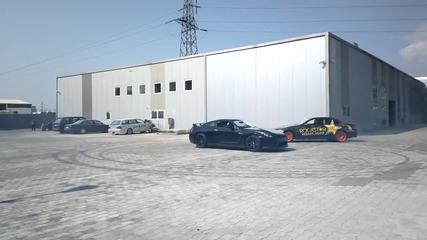 Bmw M3 E92 Drifting around Nissan Gt-r R35