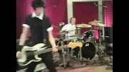 Sum 41 - King Of Contradiction (live)