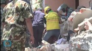 Rescuers Step Up Hunt For Nepal Quake Victims