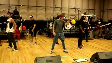 Justin Bieber-изработване на Believe -dance Репетициите