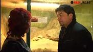 Искрен Пецов нахрани крокодилите и братски се прегърна с каймана