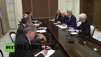 Русия: Путин и Кери се срещат в Сочи