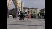 No Connection - Човекът с патерици - скрита камера пред Ндк