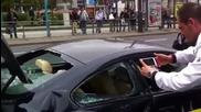 Недоволен от Бмв сервиз клиент си разбива своето М6 в знак на протест!