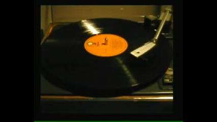 """Песента """"bensonhurst blues"""" във филма на Ален Делон """"за кожата на един полицай"""" - Киноманите"""