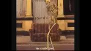 Skeleti Igrayat Ko4ek.avi