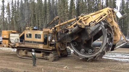 Чудовищни строителни машини - за тях няма граници!