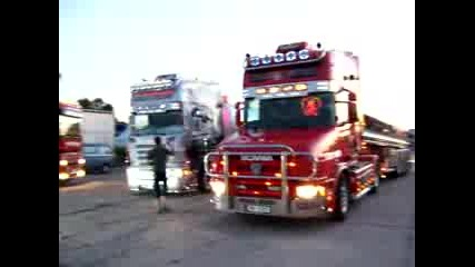 Scania Legenda & Sister