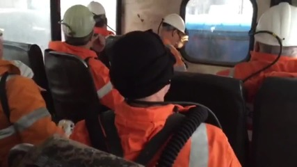 Russia: Emergency Minister descends into 'Northern' coal mine after fatal accident