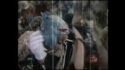 Превод! Текст! Freddie Mercury - Living On My Own ( Високо Качество )