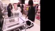 Технология в Японски супермаркет
