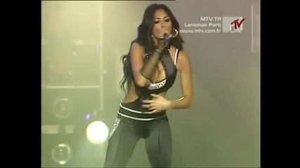 The Pussycat Dolls - Buttons-beep-don't Cha (mtv Tr Lansman Party - 2006)