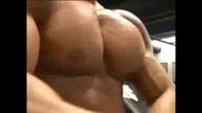 Bodybuilding - Extreme Pecs