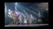 Celine Dion пее със своите братя и сестри