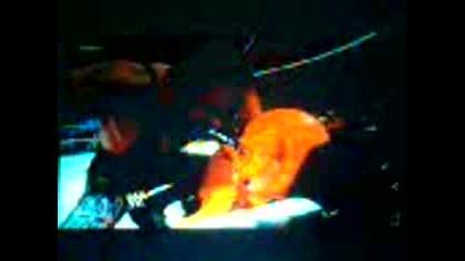Super Undertaker - Тои Се Върна Дори След Две Счупени Ръце И Един Счупен Крак