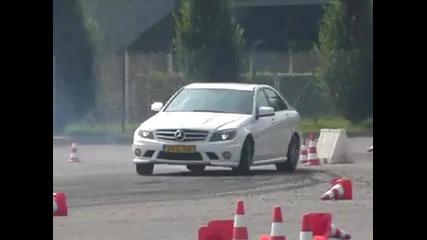 Дрифтене на Mercedes C 63 Amg