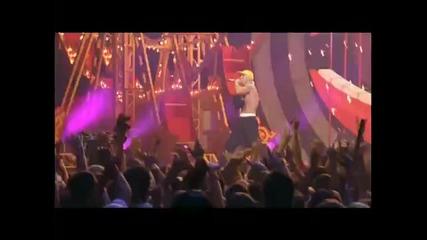 Eminem_-_sing_for_the_moment