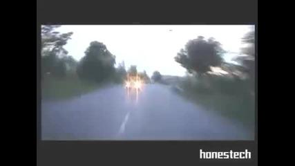 Бате Са ft. Мечката - за София - мотори