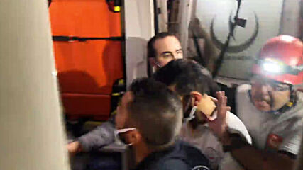 Turkey: Survivor pulled from rubble following rescue operation in Izmir