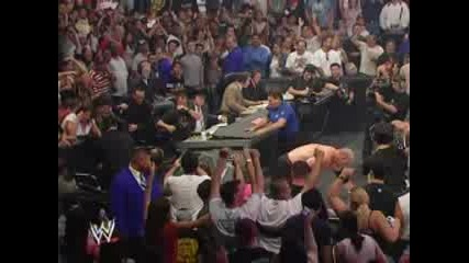 Wwe - Kane And Batista Правят Задушаващо тръ6ване на Ghret Kalli