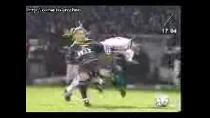 Футбол - Болезнено