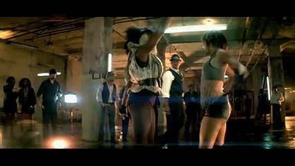 Премиера ! Nelly - Move That Body ft. T - Pain and Akon
