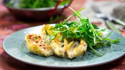 Бон Апети | Конкильони с пиле и сирена