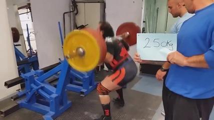 Клек с 460 кг. Захир Кудаяров