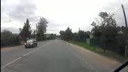 Полицейска кола блъска пешеходец на пешеходна пътека