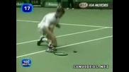 Тенисист осакатява птица, смях !!